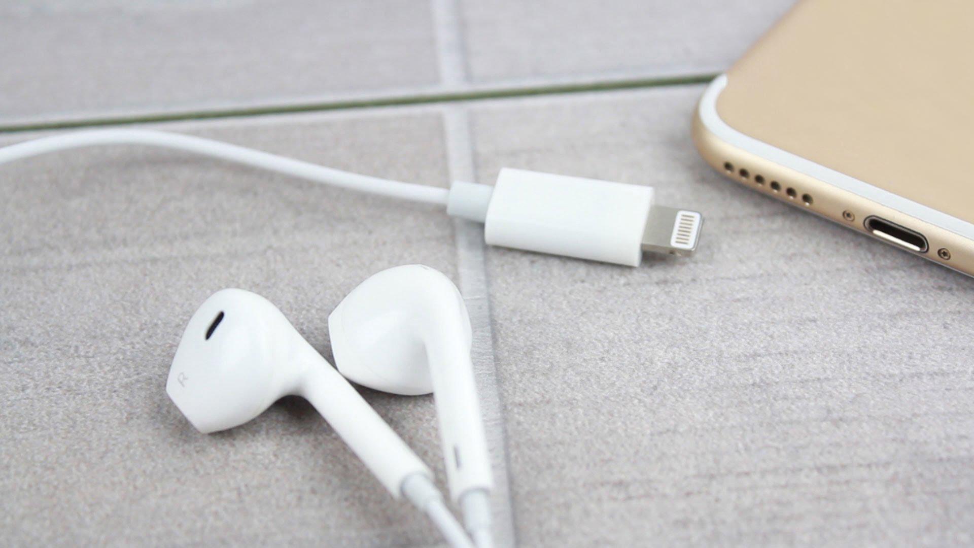 Think Apple - Slúchadlá Apple EarPods s Lightning konektorom na HD videu 1f28aa6fad9